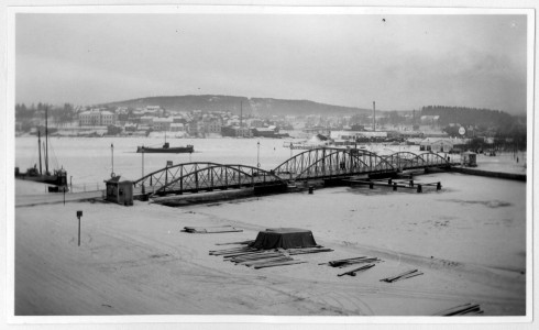 LN_40_Norrlandsresan 2 - 26 feb 1934 Härnösand Framför  Stad